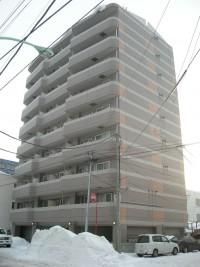 札幌市厚別区、大規模RC1棟